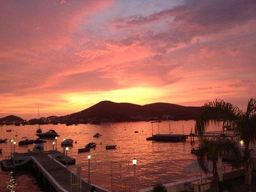 Sunset in Naplo