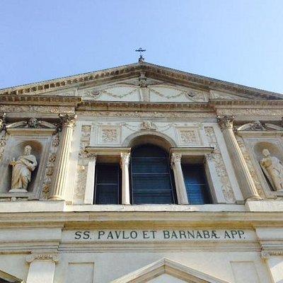 Chiesa dei S. apostoli Paolo e Barnaba Milano - Facciata Particol