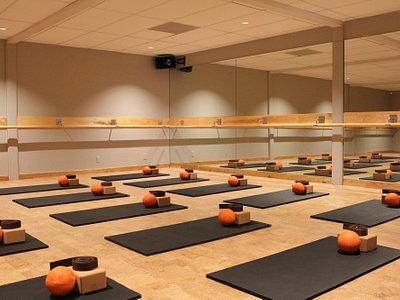 Sweat + Soul barre and yoga studio interior