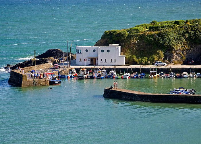 Beautiful Boatstrand Harbour, one of the best places to learn how to swim in the sea
