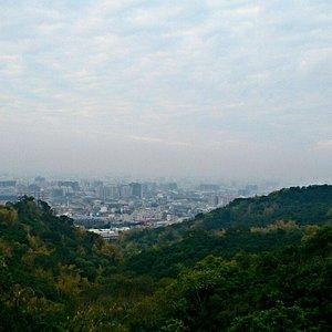 遠眺遠方都市