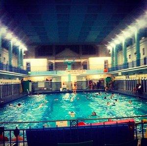 Bassin de la piscine