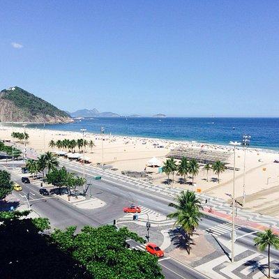 Vista do sétimo andar, em frente a praia de Copacabana!