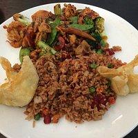 Shrimp & Chicken Hunan Style
