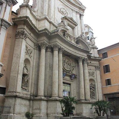 San Marcello al Corso - exterior