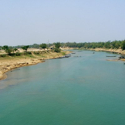 Sari river - The blue water river, on the way to Juflong