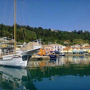 Katakolo port