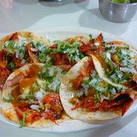 Tacos al pastor! Excelentes