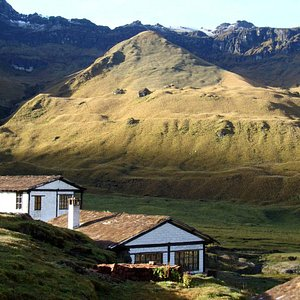 Die Hütten des Refugio Collanes (2)