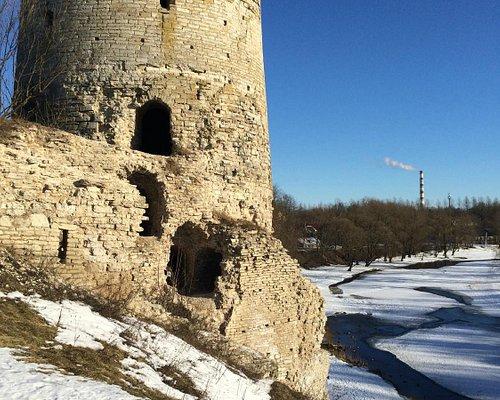Вид на Гремячую башню