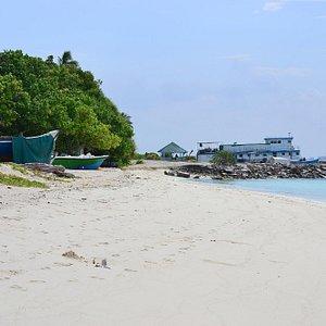 Kunburudhoo island Maldives beach