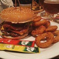 Hamburger alle cipolle ...divino
