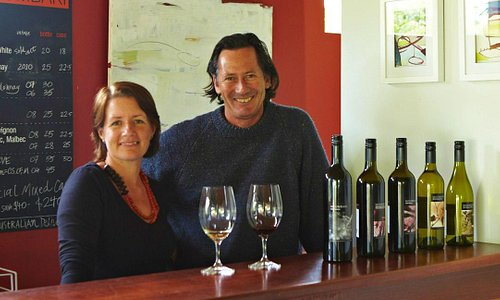 Meet Dave and Melissa at the Cellar door for wine tasting.