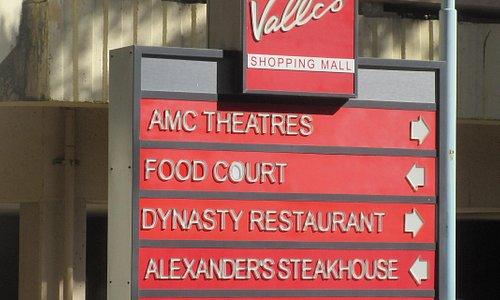 Vallco Shopping Mall, Cupertino, Ca