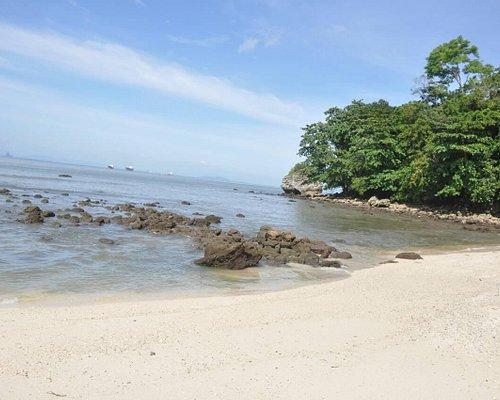 pantai nusa kambangan