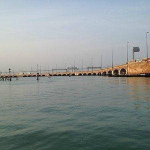 リベルタ橋