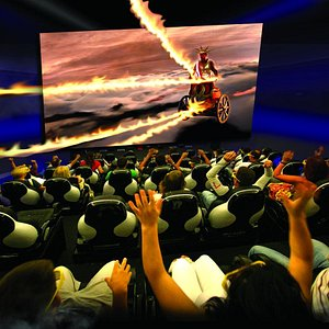 Sound, motion, rain, snow, wind and smells! Feel the experience at the best 9D cinema in Rhodes!