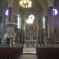 Another view of the Alter