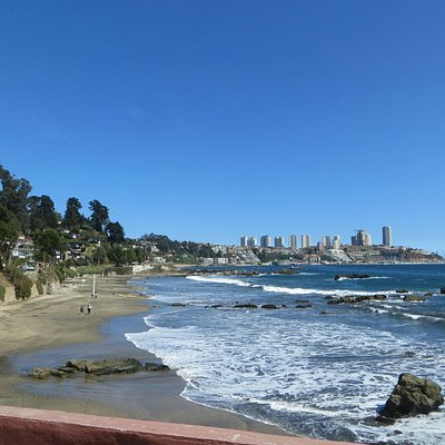 coastline between Concon & Vina del Mar