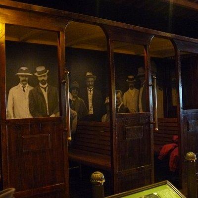 展示物(昔の客車)