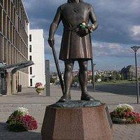 Leiv Eriksson Statue
