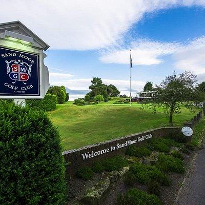 Sand Moor Golf Club Entrance