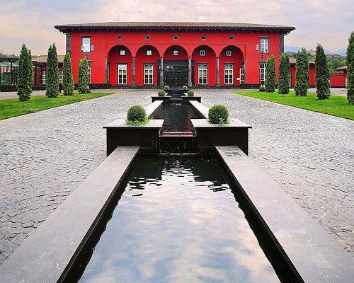 Многофункциональный комплекс «Villa Boutiques&Restaurants» расположен в сердце Центральной Азии.