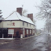Red Lion, Weston, looks great in the snow!