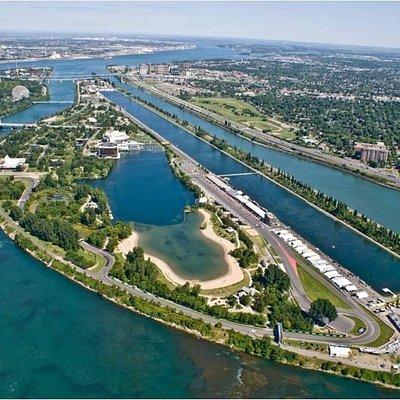 Vue aérienne de l'île Notre-Dame et le circuit Gilles-Villeneuve