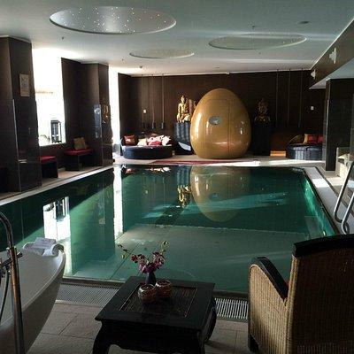 Saltvandspølen på Ni'mat, Hilton Hotel, Copenhagen