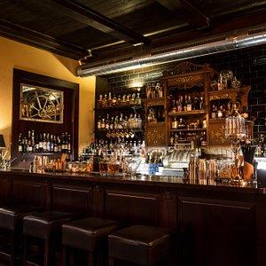 Hemingway bar non smoking section