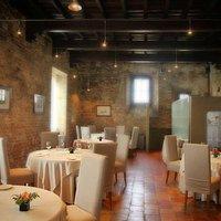 La Sala del Ristorante AL CASTELLO Grinzane dello Chef Marc Lanteri