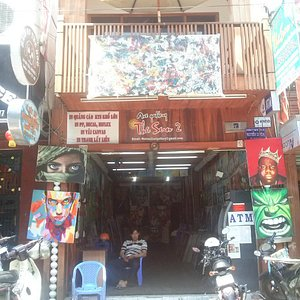 The shop front at 192 Bui Vien