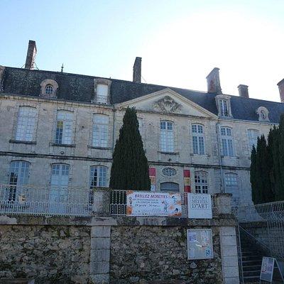 Facade Chateau de Nontron