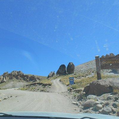 Espectacular Camino a Aguas Calientes - volcan Domuyo