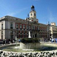 La Casa de Correos, hoy sede del gobierno autonómico.