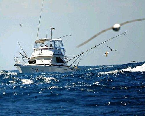 Catching yellow fin tuna
