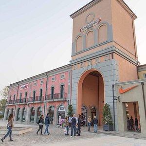 Città Sant'Angelo Outlet Village