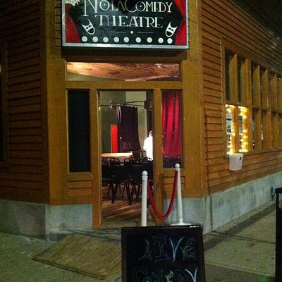 La Nuit Comedy Theater
