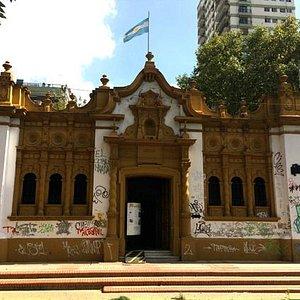 Fachada del Museo Casa