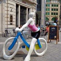 La chatte a bicyclette