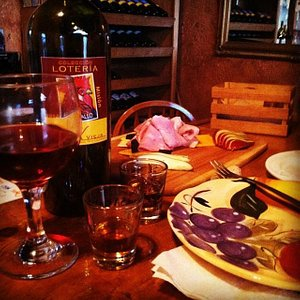 La Casa Vieja Good Food and Good Wine