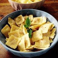 As melhores, linguiça Blumenau e ricota com limão siciliano