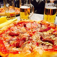 Awesome pizzas, better than most we have eaten in Italy.