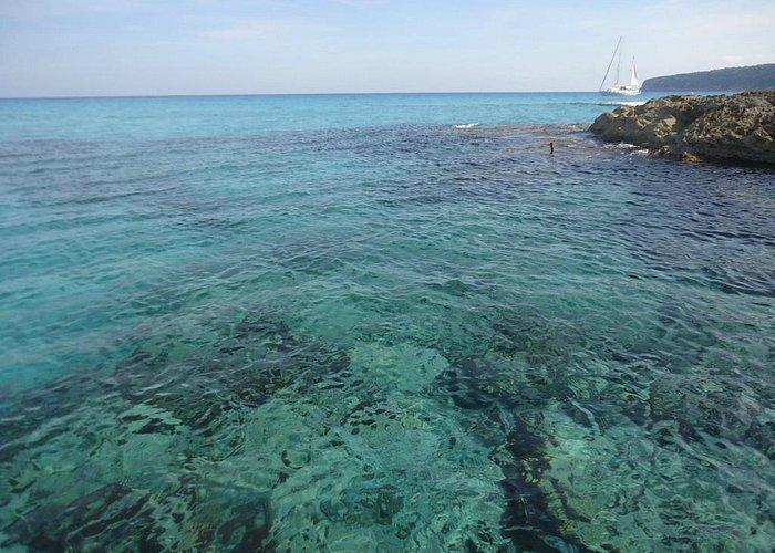 Прибрежные воды