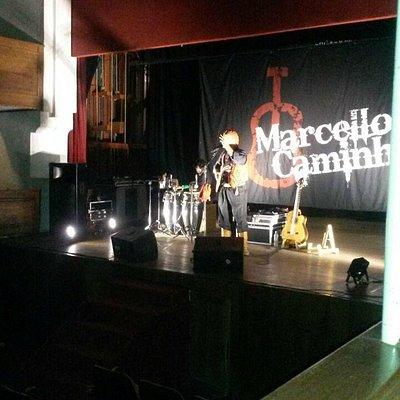 Foto do palco do Teatro