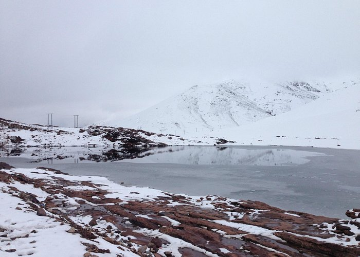 Frozen lack and mountain in Oukaimeden - Feb. 2015