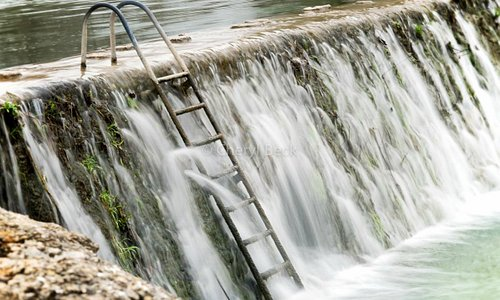 Ladder access to the river......beware it's flowing!!