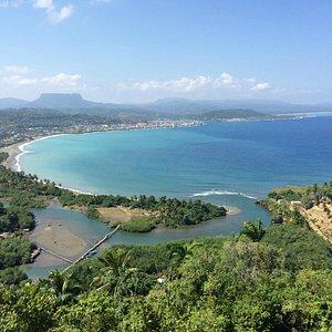 """Aussicht  nach Baracoa Strande  vom  """"mirador"""" aus"""