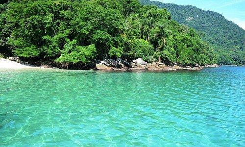 Grumixama: Praia incrível e cristalina!